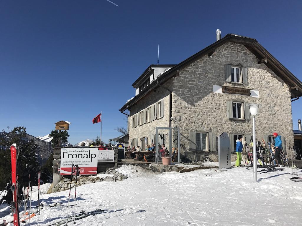 Berggasthaus Naturfreundehaus Fronalp im Winter