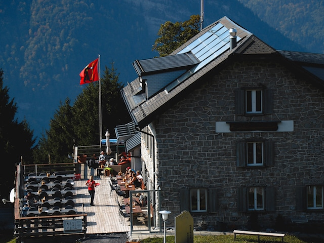 Terrasse Naturfreundehaus Fronalp