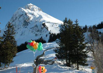 Gasthaus Naturfreundehaus Fronalp Feste Feiern - Ballons und Fronalpstock