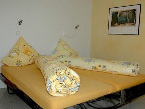 Berggasthaus Naturfreundehaus Fronalp Doppelbett im 4er ZImmer