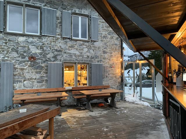 Gastrorollbar auf der Terrasse