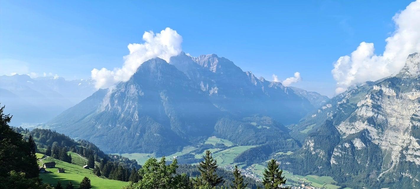 Panorama Aussicht Naturfreundehaus Fronalp Süd