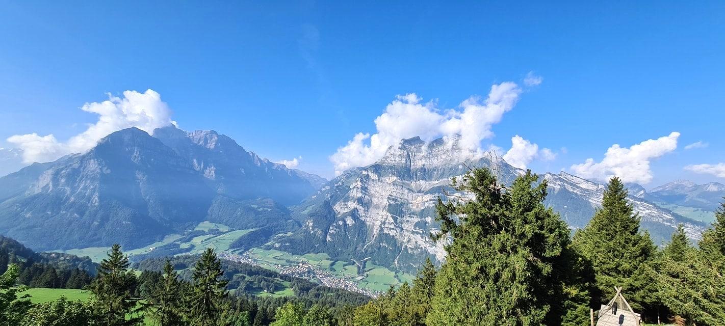 Panorama Aussicht Naturfreundehaus Fronalp West
